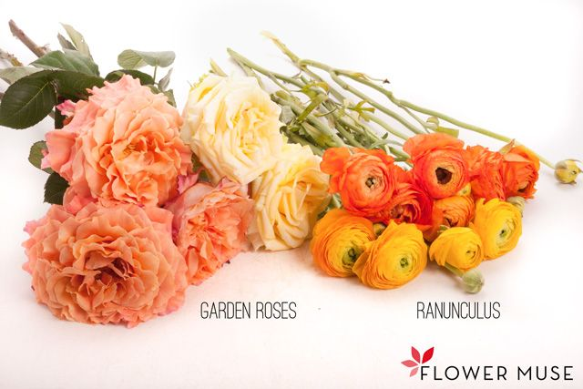 Garden Roses and Ranunculus Centerpiece in Citrus Colors. See the full DIY tutorial on Flower Muse blog: http://www.flowermuse.com/blog/garden-roses-and-ranunculus-centerpiece-citrus-colors/