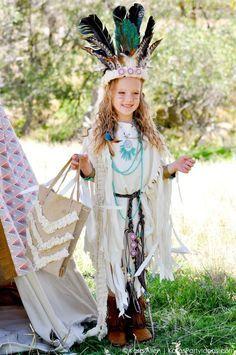 NO SEW DIY Sacagawea indian halloween costume by Kara Allen | Kara's Party Ideas | KarasPartyIdeas.com for Michaels #MichaelsMakers #KaraAllen #KarasPartyIdeas