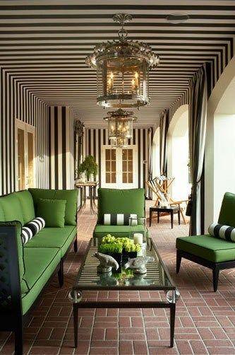 Beautiful Emerald Green + Stripes decorated patio ~ #emeraldgreen #emerald #green