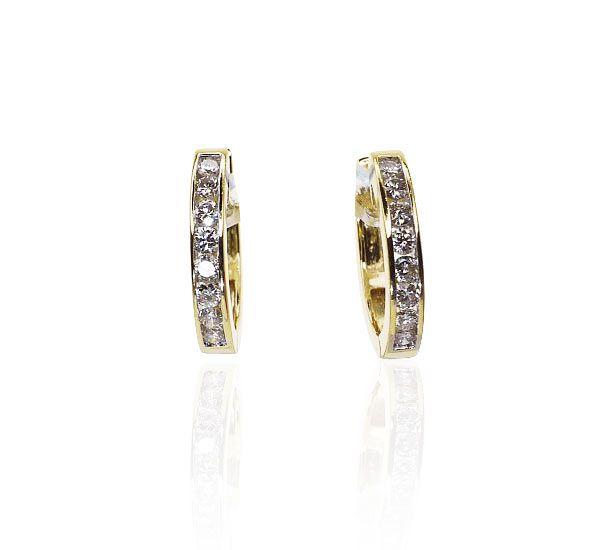 Diamant-Ohrringe oval Klapp-Creolen mit 0,634ct Diamantenmehr #creolen #ohrringe #ohrstecker #vintage #schmuck #gold #weihnachtsgeschenke #Geschenk zu #Weihnachten #diamanten von der #schmuckboerse https://www.schmuck-boerse.com/index-gold-ohrschmuck-2.htm
