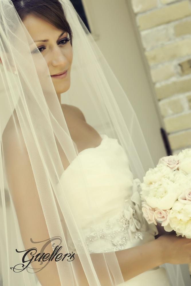 www.guellerphoto.com