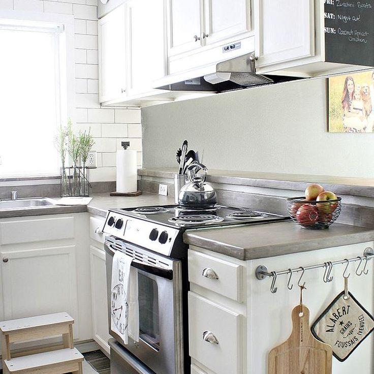 Modern Kitchen Makeover: Best 25+ Small Kitchen Makeovers Ideas On Pinterest