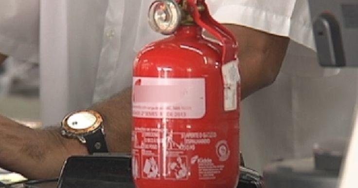 Extintor de incêndio para carros modelo ABC está em falta na região