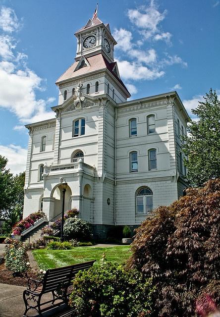 The historic Benton County Courthouse in Corvallis, Oregon.