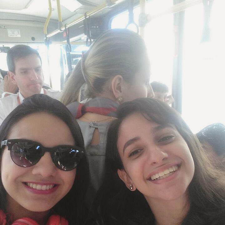 Parabéns pelo seu dia feliz dia do Comissário de Bordo!! Foto discreta porque não tivemos coragem de chama-la para tirar a foto. Vlw Gol pela viagem. #voegol #arduino #arduinobrasil #googlesp #Google #android #travel #gol by arduinobrasil