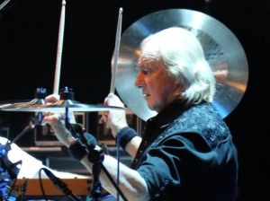 AUDIO: I recorded Imagine with Lennon, recounts Yes drummer Alan White ahead of Sheffield gig - The Star