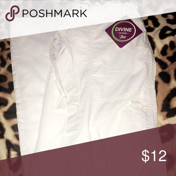 White scrub bottoms NWT! never worn! Pants