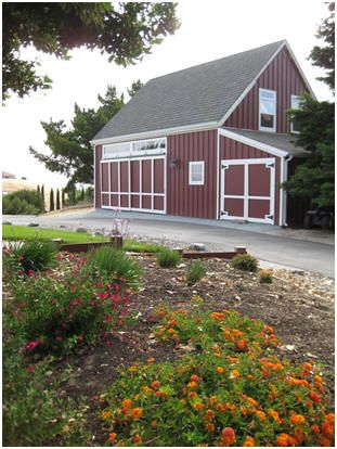 The Almond Valley Barn In California This Is One Of Dozens Of Economical Pole Barns That Can Be Built From Architect Don Berg S Stock Building Plans