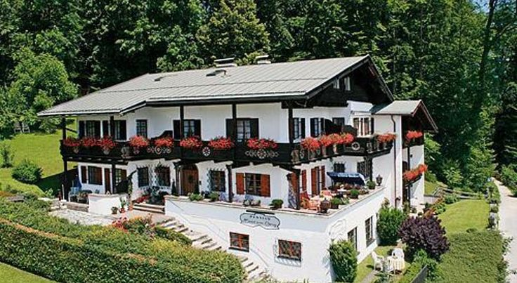 Haus am Berg Berchtesgaden This traditional-style guest house has free WiFi and is just a 15-minute walk from Berchtesgaden town centre and train station. It offers panoramic mountain views.  The quietly located Haus am Berg has spacious apartments with a country-house design.