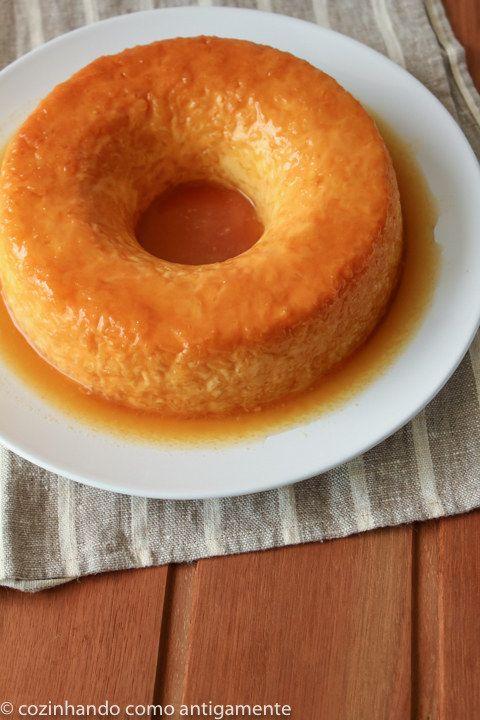 Pudim de arroz e laranja. | 14 formas de fazer o arroz da sua geladeira parecer comida de restaurante
