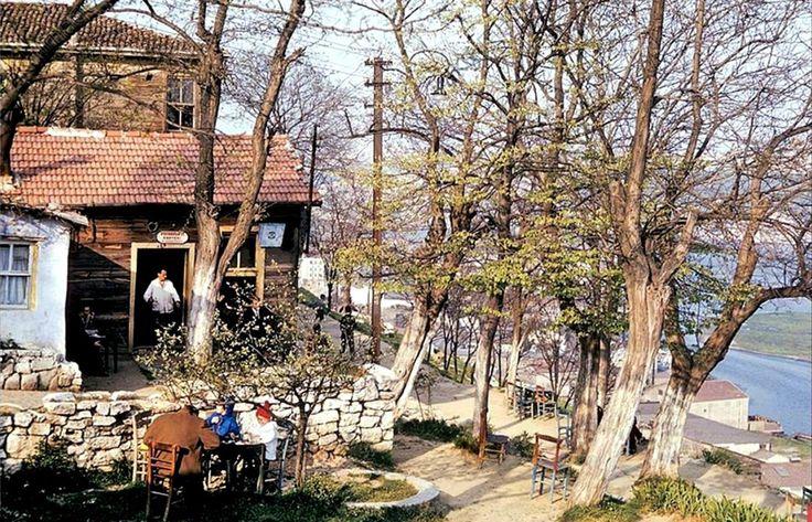 Piyer Loti kahvesi / 1964 http://ift.tt/2hhhyEZ