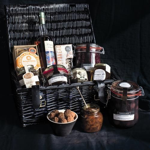 Lasting Pleasure Hamper | All Hampers | Gifts & Hampers | Christmas Hampers | Smoked Salmon | Chocolate Gifts