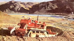 colossal earth moving equipment for dams   Looking back - the making of big Benmore