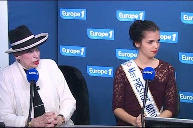 Geneviève de Fontenay, accompagnée de Miss Prestige national 2014.
