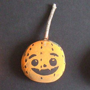 43 Haunting Halloween Crafts for Kids and Easy Halloween Decorations