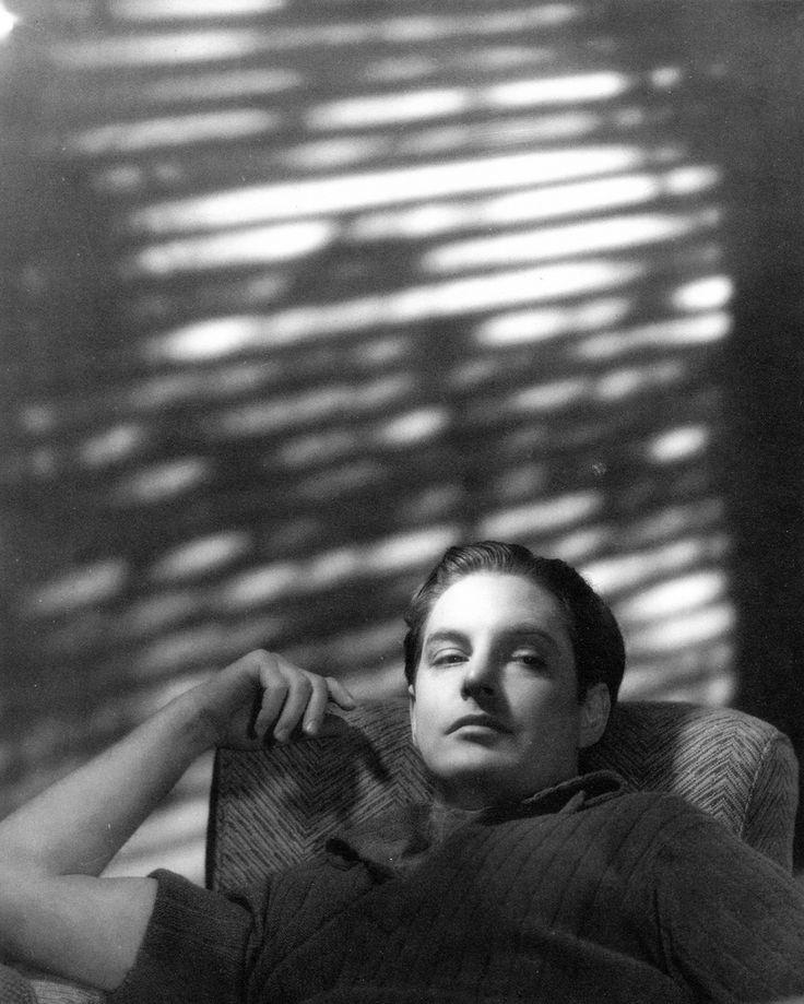 Robert Donat, 1930s