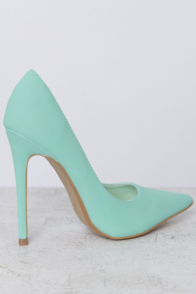 Mint Rodeo Pumps