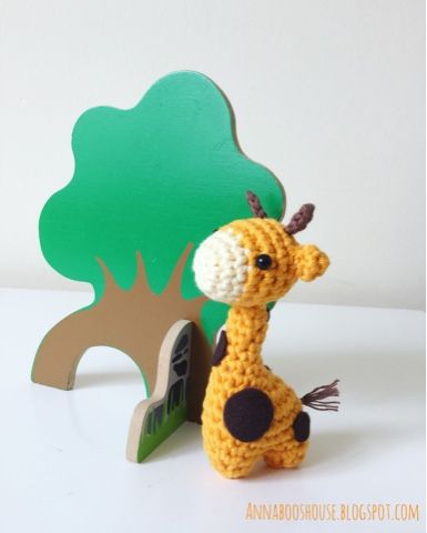 Annaboo's house: The one with a very little giraffe