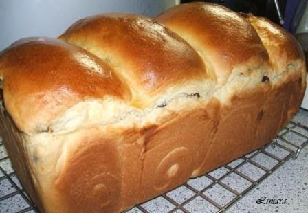 Limara péksége: Hokkaido kalács csokilencsével és aszalt áfonyával