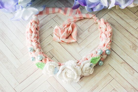 Chunky Statement Blooming Necklace n.003 by BlueberrySodaShop, €20.00