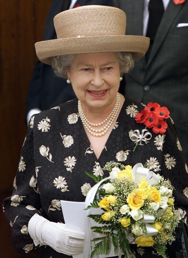 Queen Elizabeth 2014