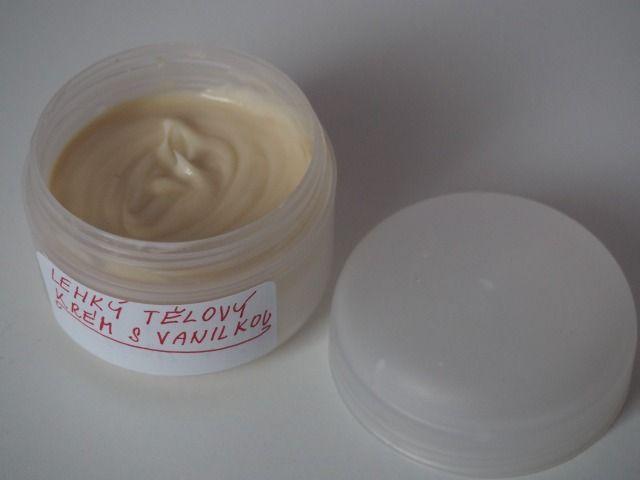 Lehký tělový krém s vanilkou