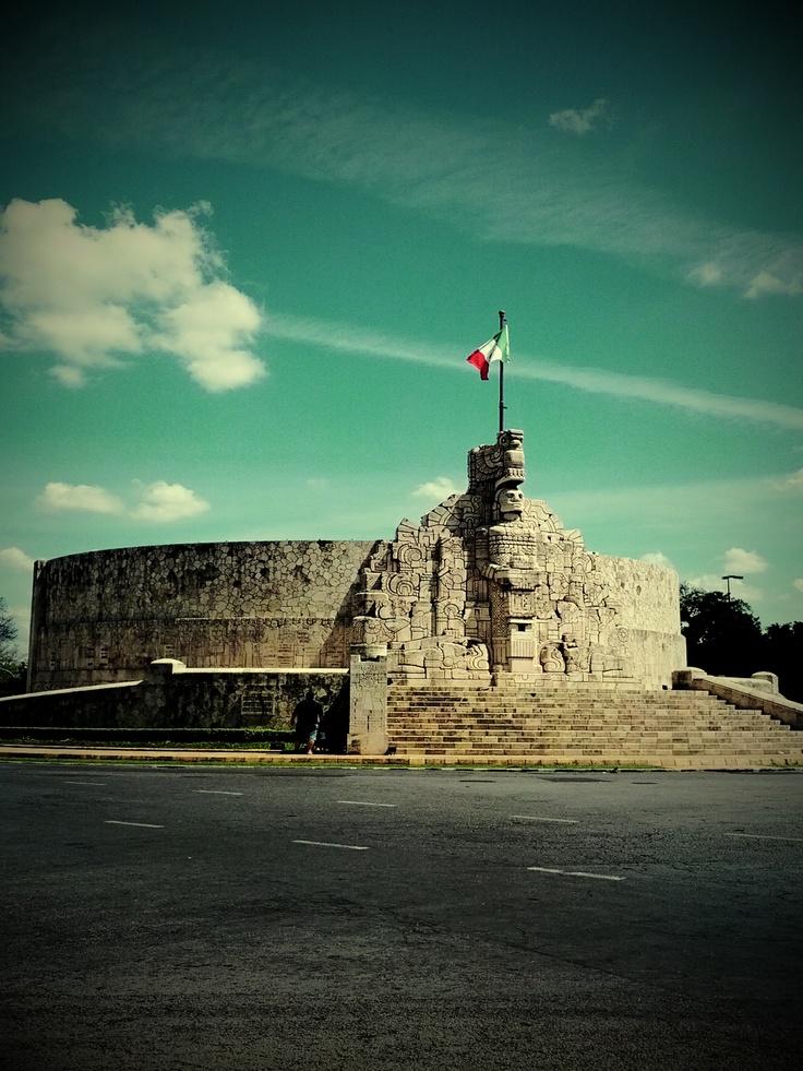 monumento a la bandera Mérida, Yucatán