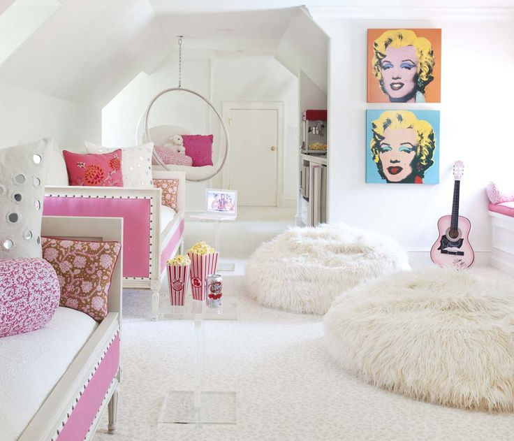 emphasis on texture, pop of color - girls bedroom