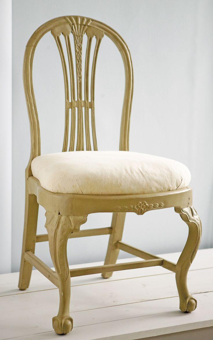 antik munkstol ~ stol med kopplat spjälknippe som är typiskt för