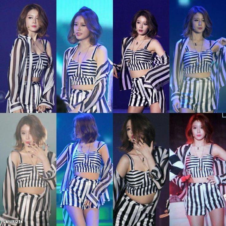 Jiyeon very sexy at Cambodia concert ;)