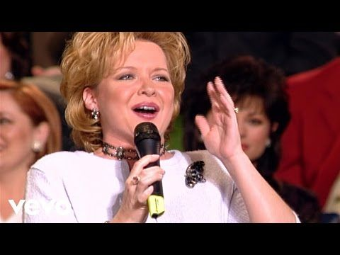 Jeff & Sheri Easter, Charlotte Ritchie - Praise His Name [Live] - YouTube
