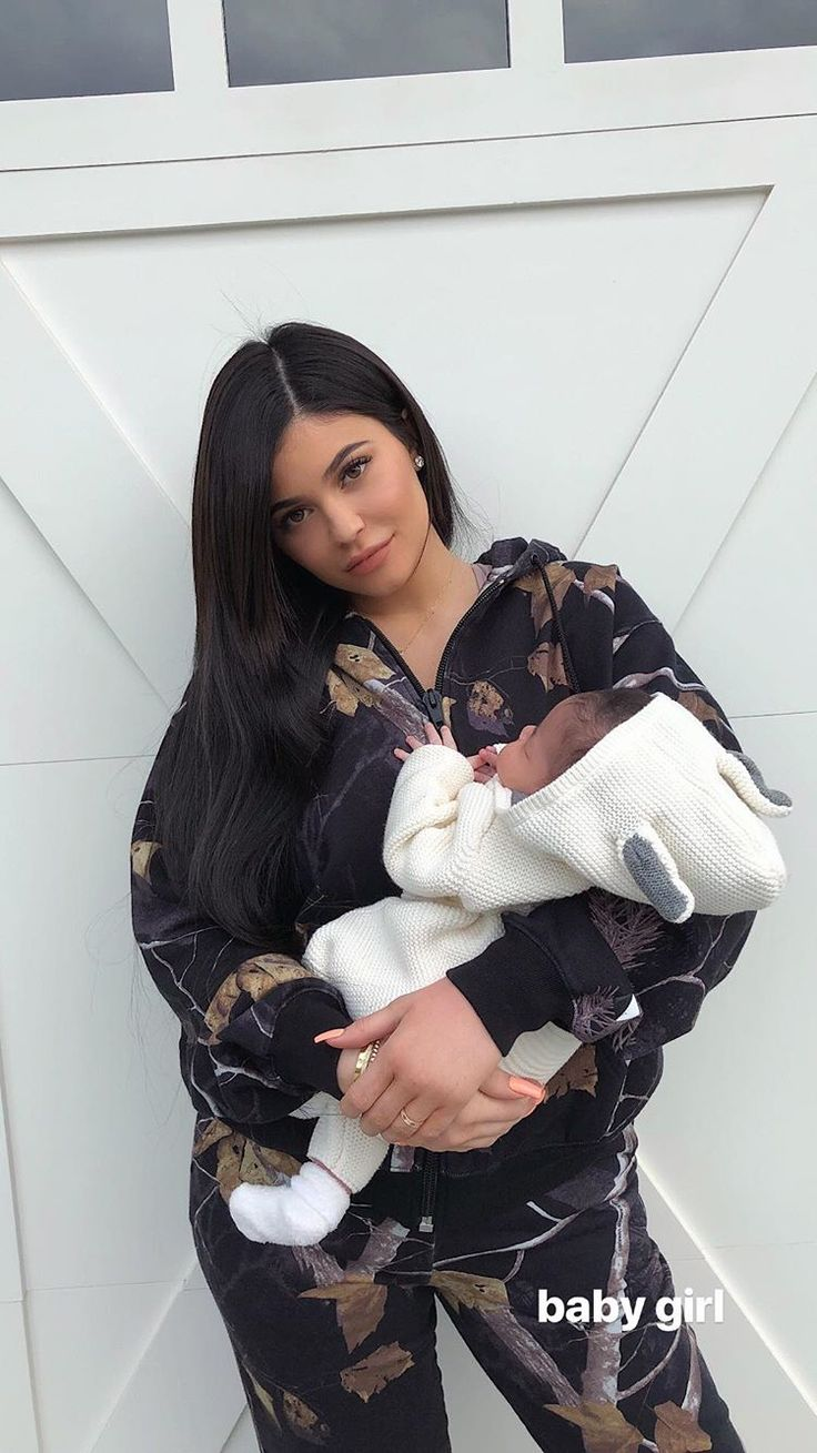 Kylie Jenner daughter Stormi they're so cute #kylieJenner #Stormi