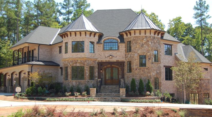 28 best images about huge houses on pinterest mansions for Big amazing houses