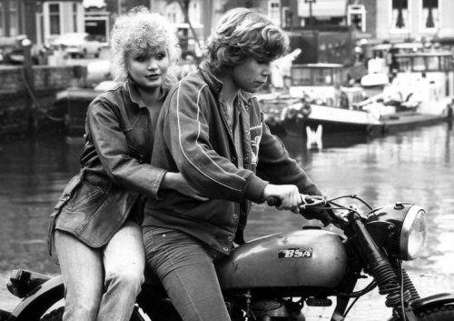 Renée Soutendijk and Maarten Spanjer in Spetters (1980).