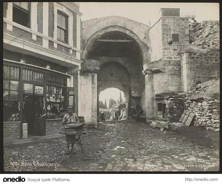 347 best images about eski istanbul on pinterest for Galata 1875 suites