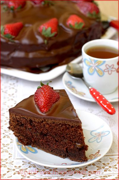 Встретила на Постиле невозможно прекрасное фото шоколадного торта от Andy chef .) Так как в семье сплошные шокоголики решено было этот торт приготовить.) У меня,…