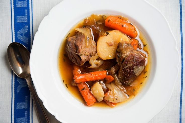 The epitome of comfort food, traditional Irish stew has only a few ingredients: mutton, onions and potatoes In southern Ireland carrots are added, and some cooks venture so far as to add turnips These days, young lamb often replaces mutton for a more delicate version