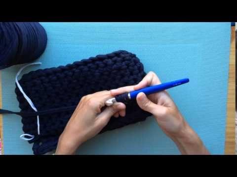 Cómo hacer un bolso con solapa de Trapillo. Parte 1 - YouTube