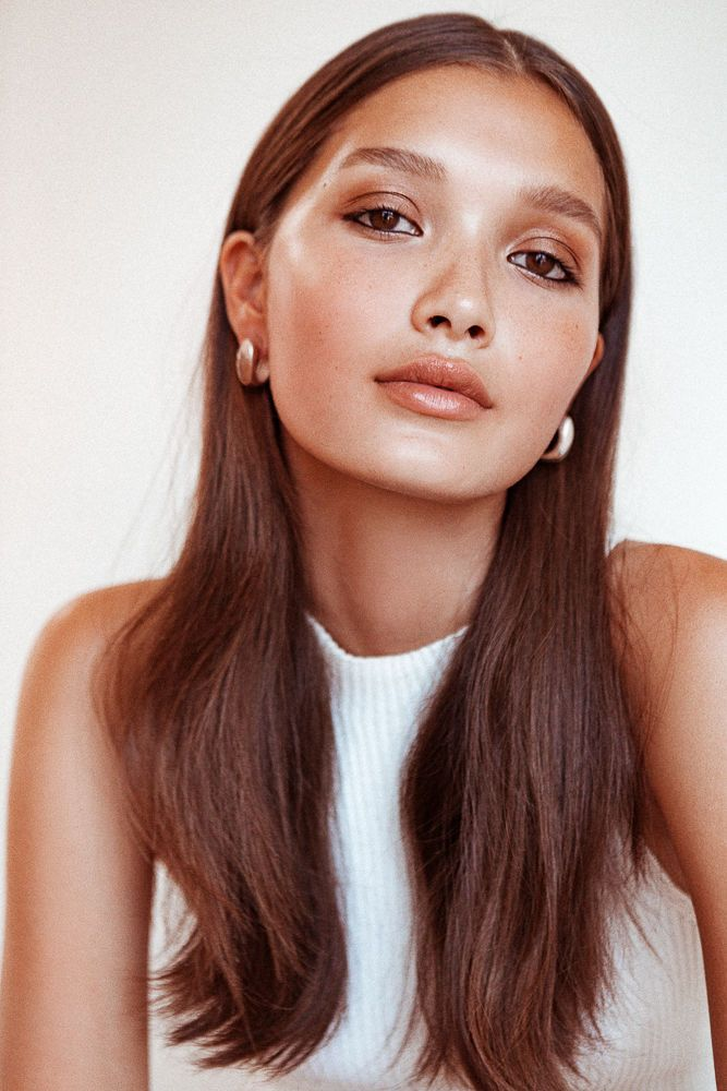 How To Wear Your Hair Behind Your Ears   Into The Gloss