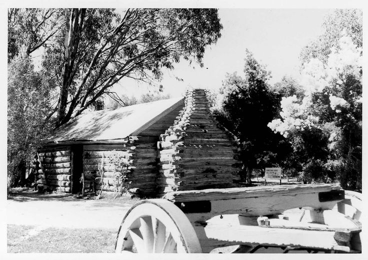 State Library of Victoria http://handle.slv.vic.gov.au/10381/234296  Canadian Cabin at the Pioneer Settlement November 11th 1972