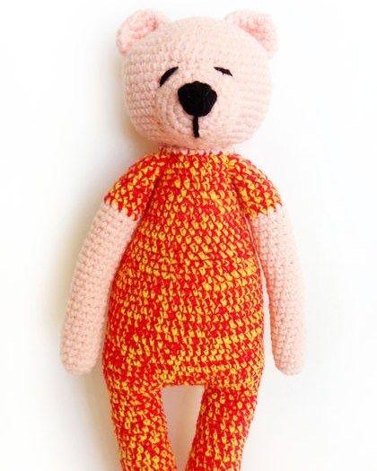В НАЛИЧИИ. Мягкий вязаный мишка в пижамке  связан крючком из полушерсти по авторской схеме. Плотно набит синтепоном глазки и носик - вышиты. Рост - 35 см может стоять с опорой. Мишка нежно-розового цвета пижамка выполнена из пряжи двух цветов:  ярко-розового и желтого. Цена 1000 рублей #вязаниекрючком #вязаныймишка #медведькрючком #вязаныеигрушки #амигуруми #handmade #crochet #amigurumi #amiguru #ручнаяработа  #вязаниеназаказ by cherry_crochet