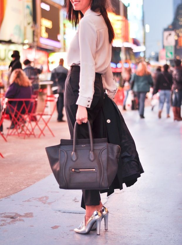 Black ankle pants, cream colored top, amazing Alexander Wang ...