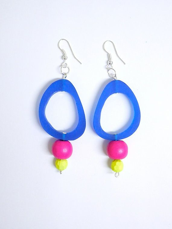 Colour goes POP with these Blue resin statement dangle earrings with hot pink by gtgadabout