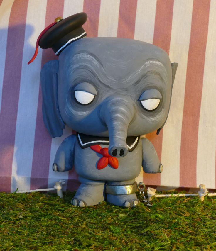 Gunter the elephant gothika traveling circus