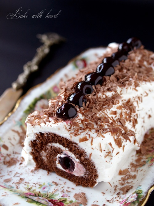 Black forest roll cake