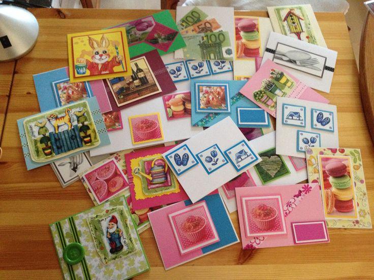 Kaartjes gemaakt met afbeeldingen van servetten die zijn verstevigd met arslan plakfolie