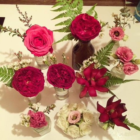Gorgeous flowers by one of our preferred cake suppliers Sweet obsessions - just so pretty.
