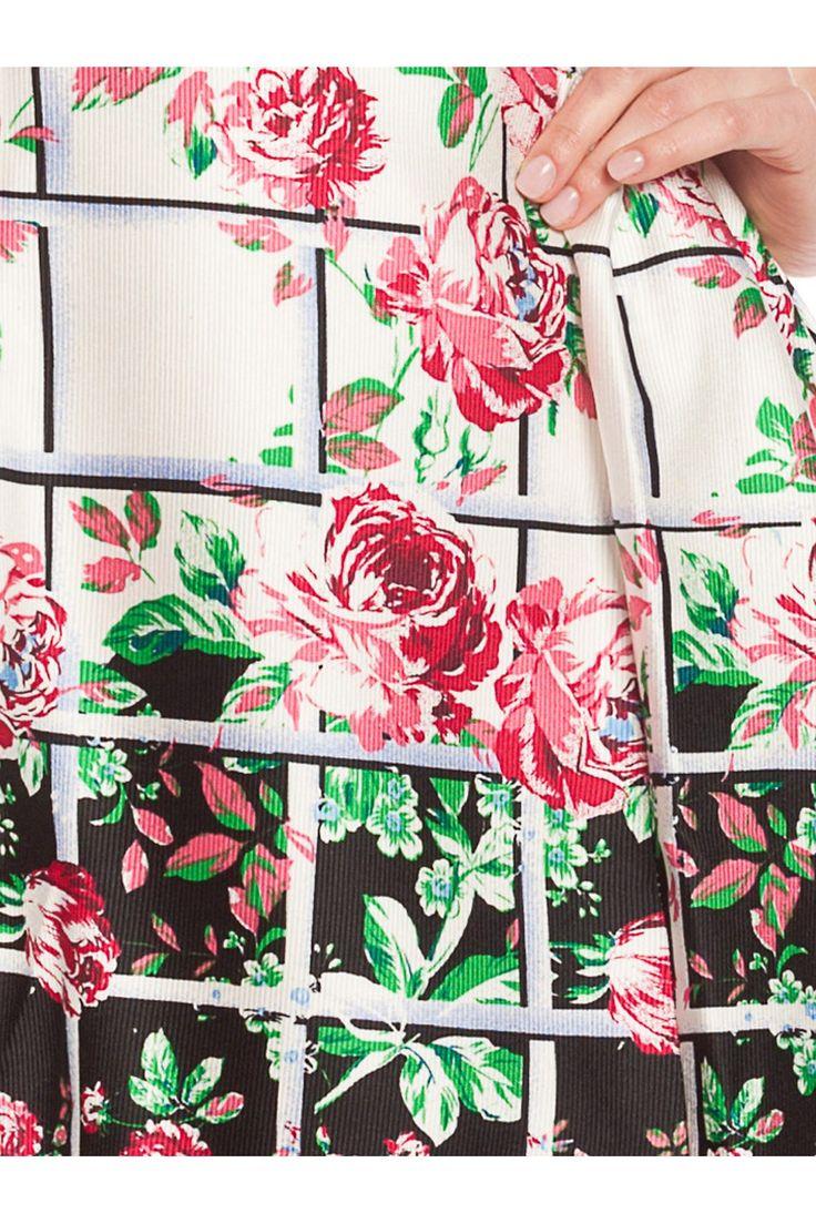 Vestido de estampado floral. - MUJER | Rosalita McGee #flores #vestidoflores #estampadofloral #flowers #modaprimavera #springstyle #dress