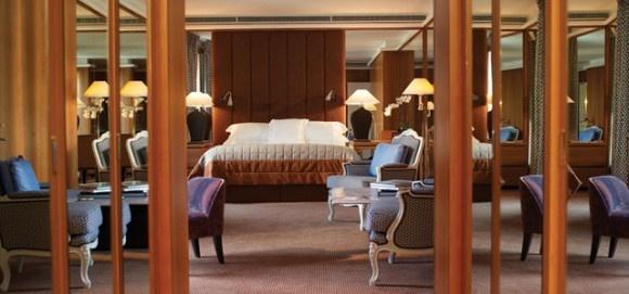 Royal-Armleder-Suite-Le-Richemond-in-Geneva