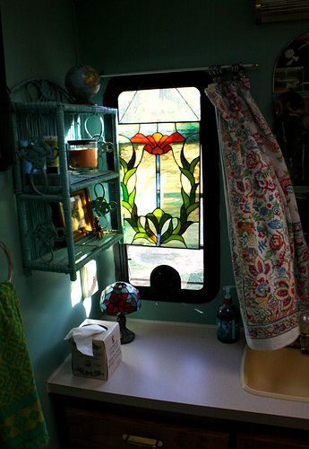 Do Gypsy Caravans Have Stained Glass Windows